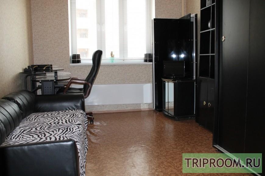 2-комнатная квартира посуточно (вариант № 35733), ул. Генерала Варенникова улица, фото № 2