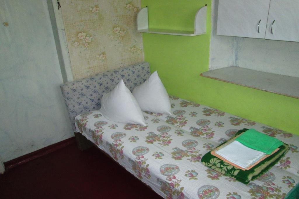 Комната в 2х-комнатной квартире посуточно (вариант № 681), ул. 6-я Бастионная улица, фото № 3