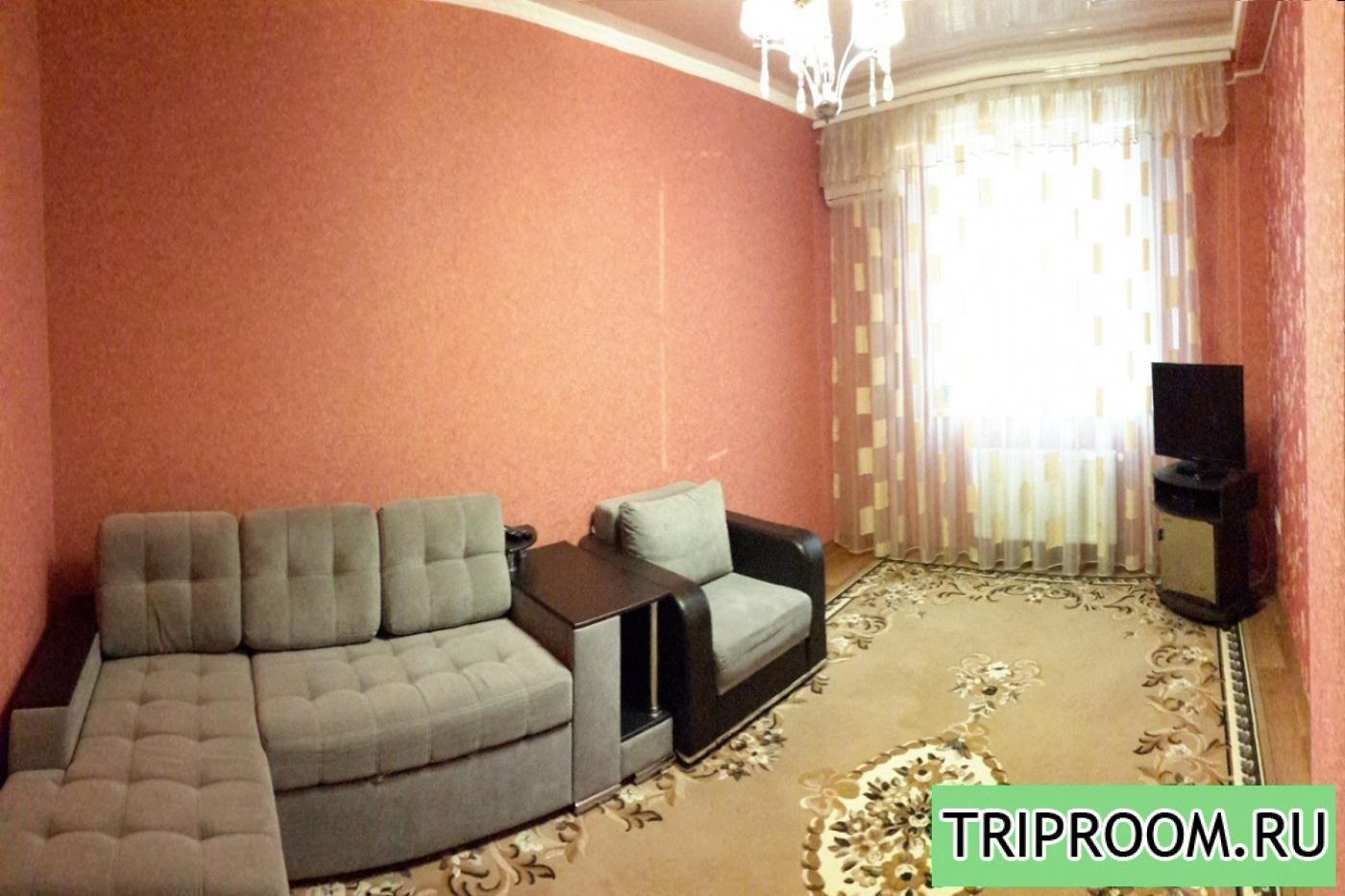 1-комнатная квартира посуточно (вариант № 1359), ул. Античный проспект, фото № 1