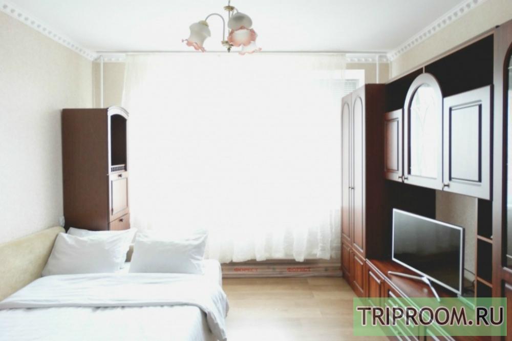 1-комнатная квартира посуточно (вариант № 22619), ул. 50 лет ВЛКСМ, фото № 1