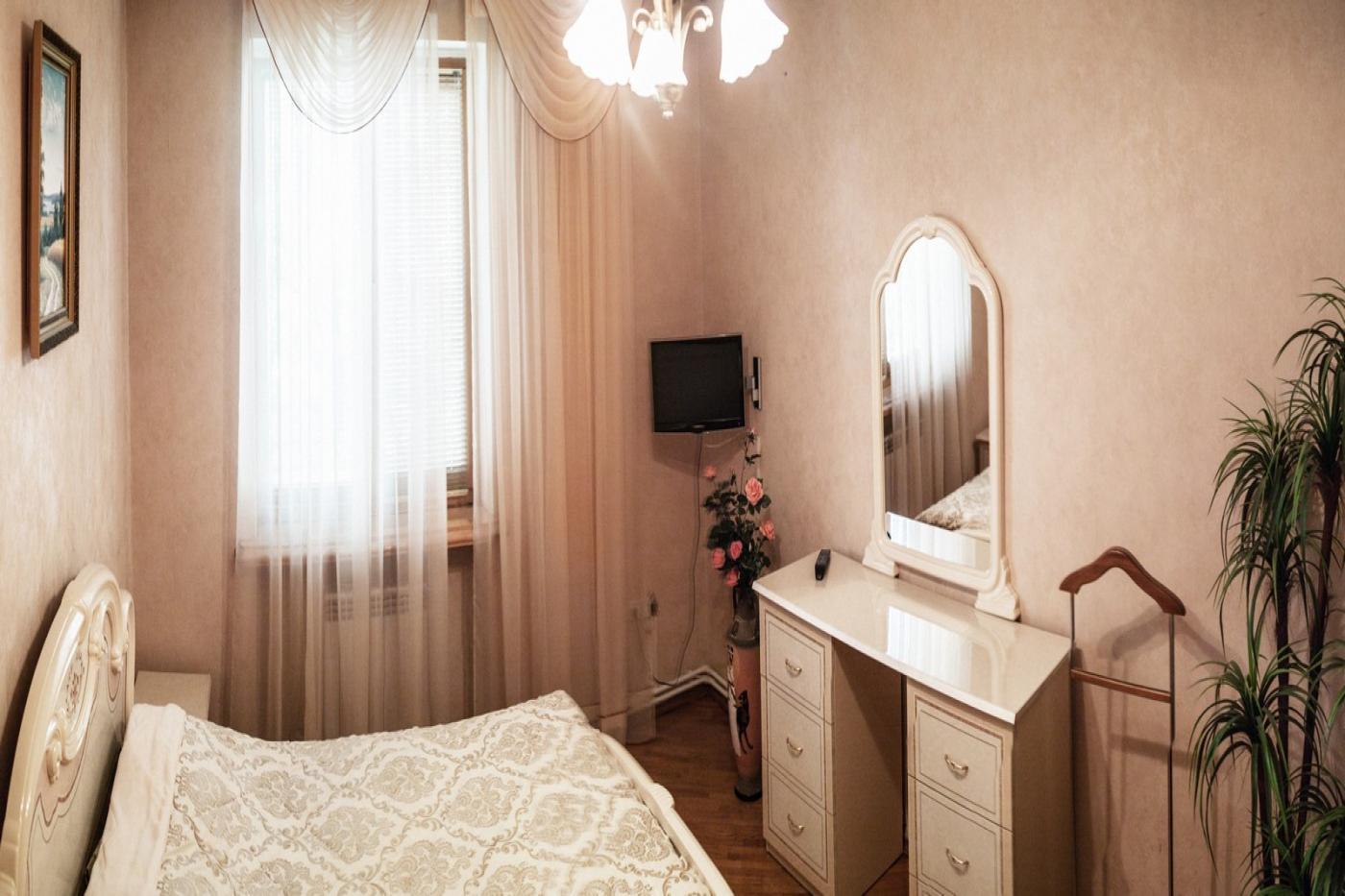 2-комнатная квартира посуточно (вариант № 1460), ул. Большая Морская улица, фото № 3